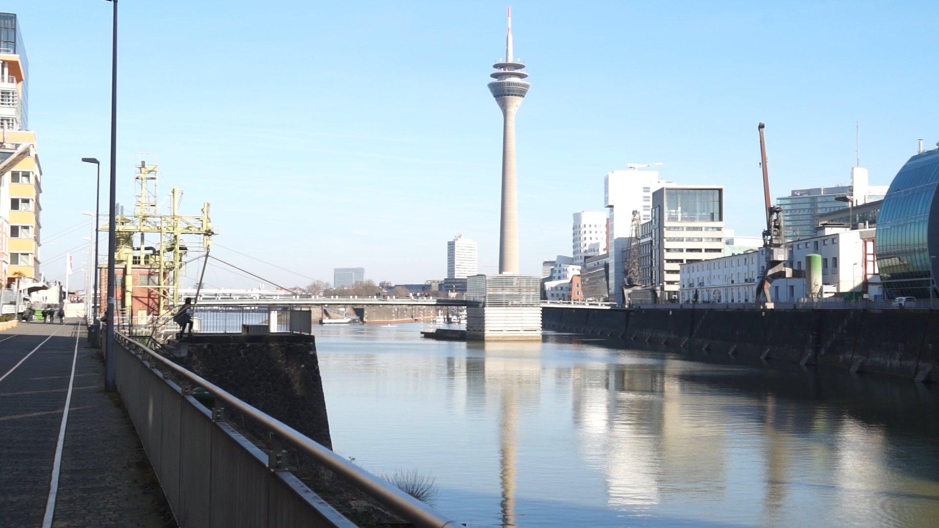 Ein Spaziergang durch den Düsseldorfer Medienhafen
